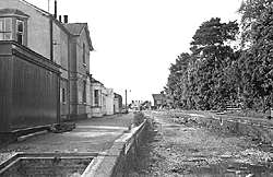 Bramley & Wonersh Station - 1967 - looking North