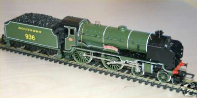Hornby model R132 - School's Class No. 936 'Cranleigh'